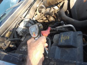 checking engine temperture